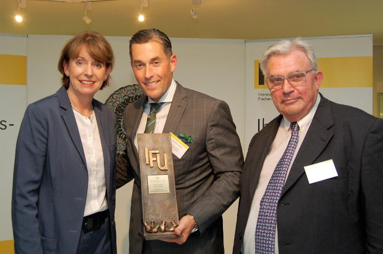 Herbert Geiss, Henriette Reker und Horst Winkelhag bei IFU-Wirtschaftspreis - Verleihung