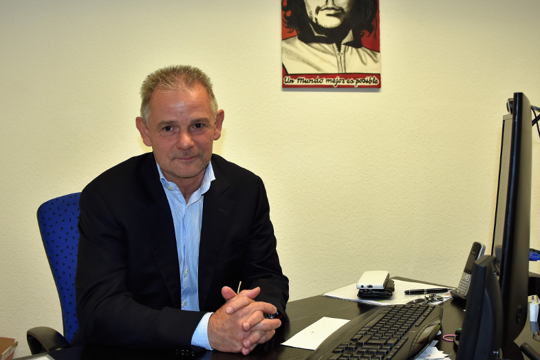 Franz Pesch (AfD) am 31.8.17 in seinem Büro in Frechen