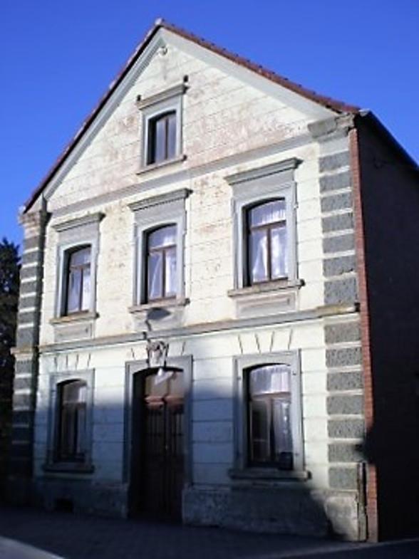 Bachem-Führer: Juchems Hof, Mauritiusstraße 56