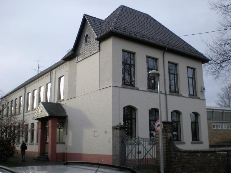 Bachem-Führer: Katholische Grundschule Mauritiusschule, Fürstenbergstraße 118