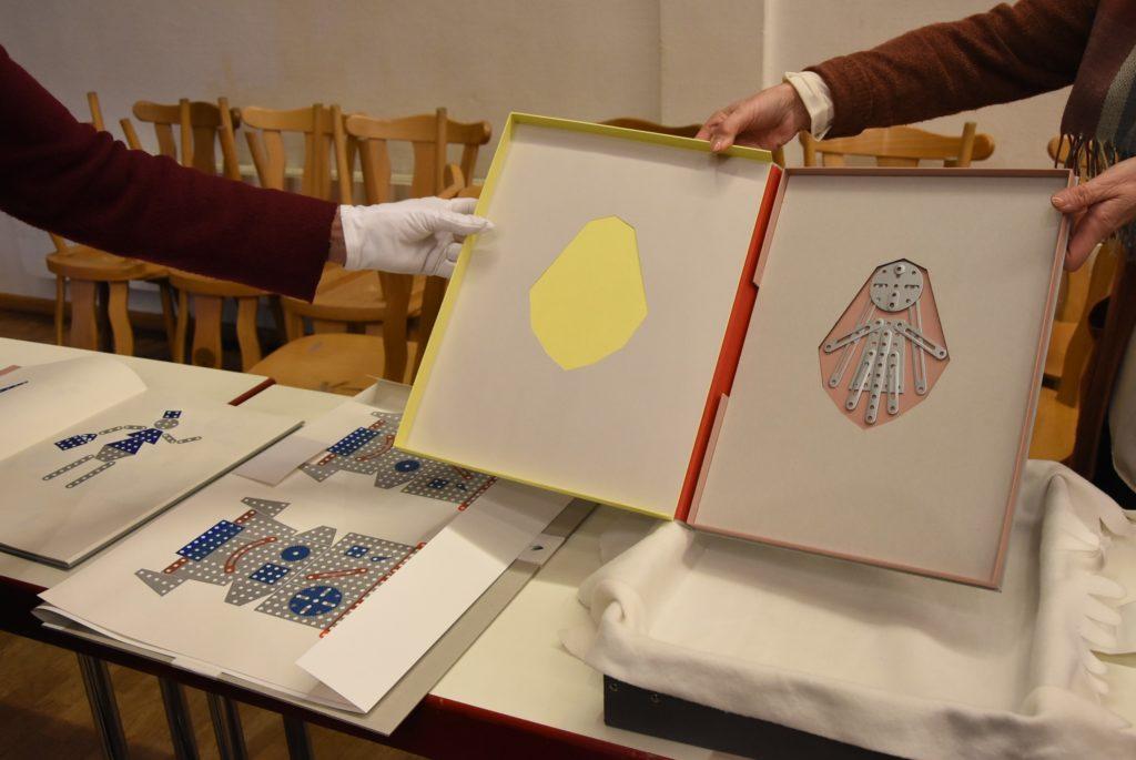 Die Falle des Gargancjan von Annegret Frauenlob, Einreichung zur 18. Grafik-Triennale Frechen