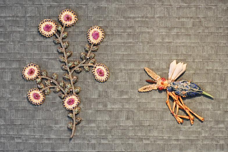 Carolein Smit - Blume mit Käfern (Ausschnitt)
