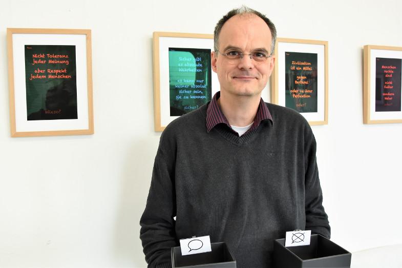 Gregor Siebenkotten im Respektraum im Signalwerk