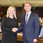 Susanne Stupp, Bürgermeisterin von Frechen, mit dem technischen Beigeordneten Robert Lehmann
